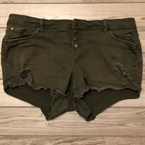 Torrid green distressed shorts size 18